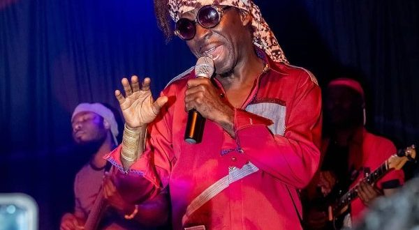 Washington DC set on fire by Ghanaian Afropop maestro Kojo Antwi