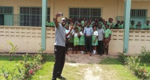 Ghanaian Wikimedian empowers students with offline educational app